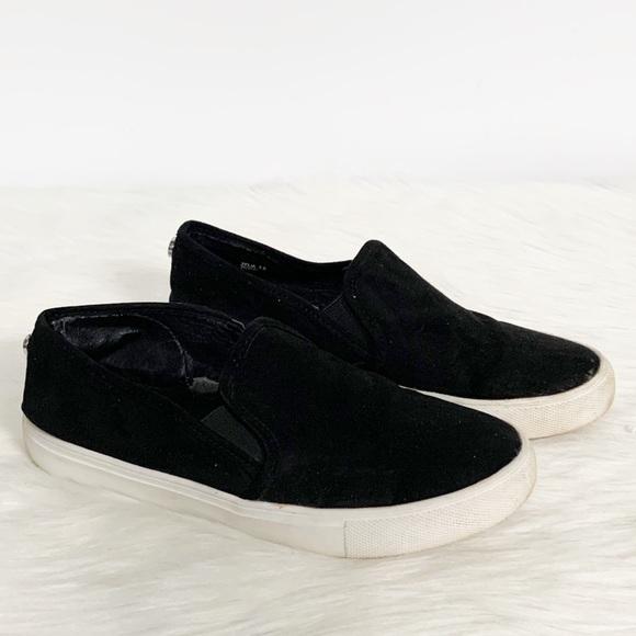 Steve Madden Zelia Black Slipon Sneaker